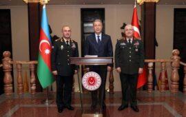 Kərəm Mustafayev Hulusi Akarla görüşdü (FOTO)