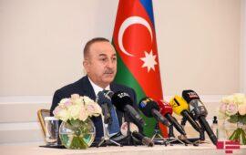 Çavuşoğlu Qarabağdakı Rusiya sülhməramlılarının statusuna dair anlaşmanın imzalanmalı olduğunu bildirib