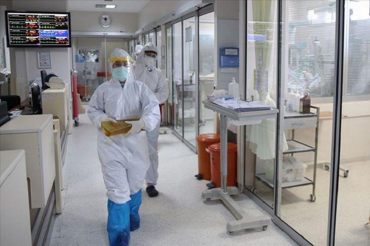 Türkiyədə COVID-19-la bağlı son statistika açıqlanıb: 132 ölüm, 7489 yoluxma